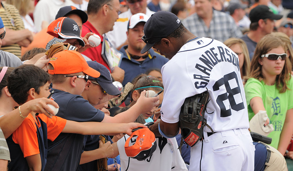 2007 - DRAFTED BY THE DETROIT TIGERS, Curtis founds his Grand Kids Foundation to promote positive youth development via education, fitness and nutrition.